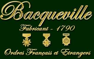 Maison Bacqueville, décorations civiles et médailles militaires